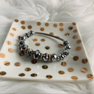 NEW Silver beaded stretch bracelet